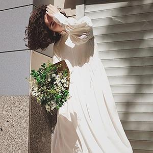 Вещь: Девушки о своих свадебных нарядах — Стиль на Wonderzine