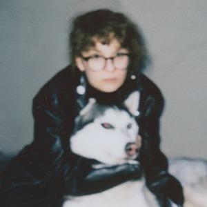 «Лиза, которая занимается музыкой»: Лиза Громова о новом альбоме и взрослении — Интервью на Wonderzine