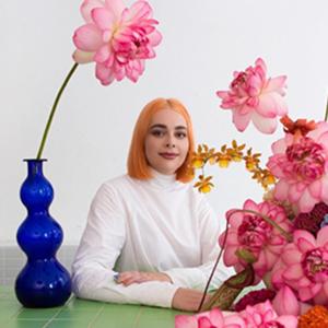 На кого подписаться: Цветочные инсталляции и букеты австралийской художницы и флористки  — Стиль на Wonderzine