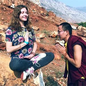 Я застряла в буддийском монастыре в Катманду и учу здесь детей английскому — Личный опыт на Wonderzine