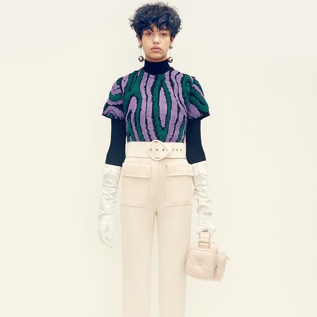 Клеш и мини: Зачем нам мода полувековой давности
