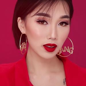 Когда осталось 5 минут: 8 видеоинструкций новогоднего макияжа — Красота на Wonderzine