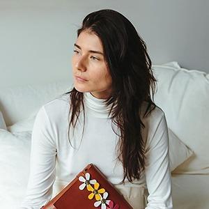 Katya Komarova: Как я стала дизайнером сумок в Австралии — Дело на Wonderzine
