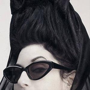 Диана Перне о смерти гламура, иконах стиля и жутких 80-х — Интервью на Wonderzine