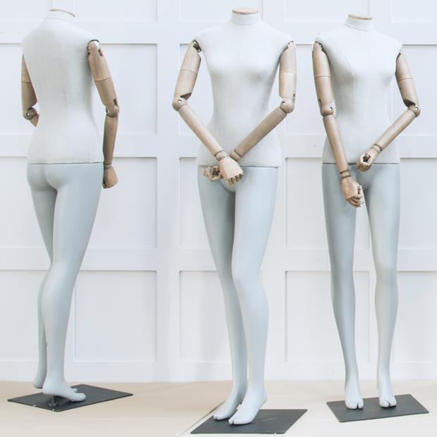 Экономкласс: Правда ли, что люди перестали покупать одежду