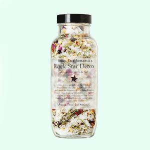 10 душистых пен и солей для ванн — Красота на Wonderzine