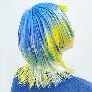На кого подписаться: Яркий инстаграм стилиста по волосам Мэй — Красота на Wonderzine