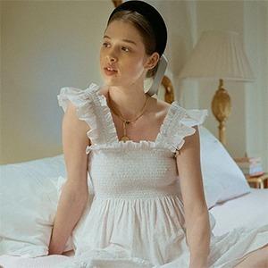 Вирусные платья: Почему люди покупают непрактичную одежду  в пандемию — Стиль на Wonderzine
