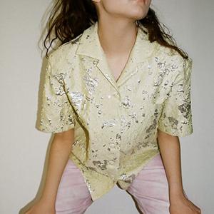 Весне дорогу: Яркая рубашка молодого московского бренда Abitu — Вишлист на Wonderzine