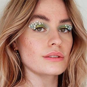 На кого подписаться: Акне-позитивная блогер София Гран — Красота на Wonderzine