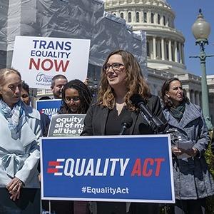 Радужный конгресс:  Как ЛГБТК-сообщество победило на выборах в США