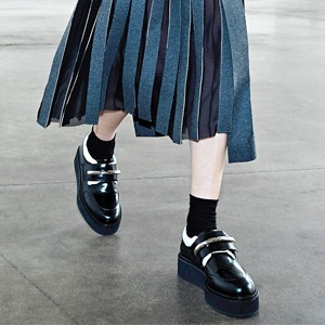 Юбки ниже колена в новых коллекциях — Тенденция на Wonderzine