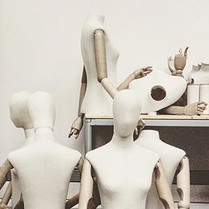 Как эпидемия нового коронавируса повлияла на индустрию моды — Стиль на Wonderzine