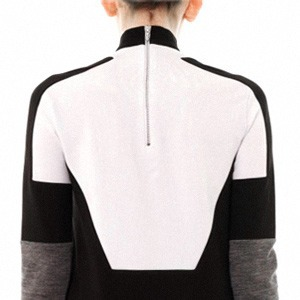 Thomas Tait:  Объемная одежда архитектурных форм