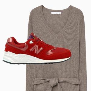 Комбо: Трикотажное платье с кроссовками