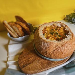 Булки с тыквой и веганский корн-чаудер: 8 осенних рецептов инстаграм-блогеров — Еда на Wonderzine