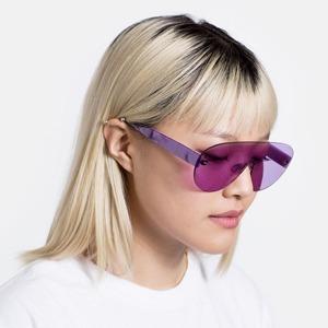 Очки Retrosuperfuture, вдохновлённые роскошными 2000-ми — Вишлист на Wonderzine