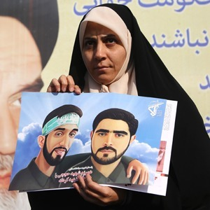 Чужая революция: Нужны ли женщинам протесты в Иране — Жизнь на Wonderzine