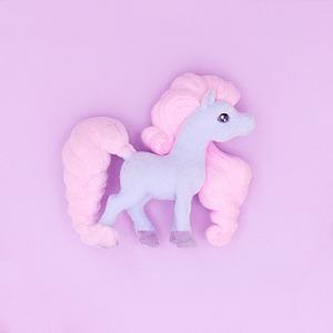 Нейл-арт недели: Игрушечный пони — Красота на Wonderzine