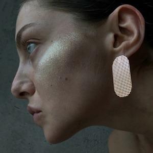 Российская марка 55: Минималистичные кольца и серьги — Новая марка на Wonderzine