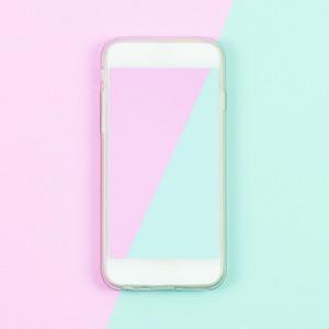 Лайк по переписке: Как технологии изменили нашу дружбу — Жизнь на Wonderzine