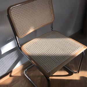 Деталь: PR-агент Катя Ярмахова и её великолепный стул — Стиль на Wonderzine