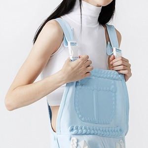 Xiao Li: Скульптурная одежда из трикотажа  и силикона