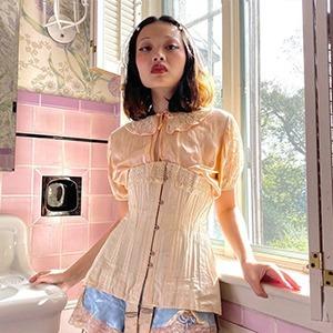 На кого подписаться: Коллекционерка винтажной одежды Мина Ли  — Стиль на Wonderzine