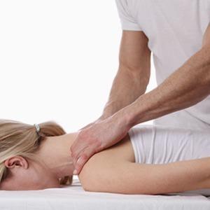 «Вправить желудок»: Кто такие остеопаты и как они могут навредить — Здоровье на Wonderzine