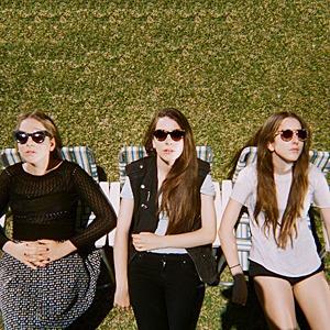 Новое имя: Лос-анджелесская группа Haim — Музыка на Wonderzine