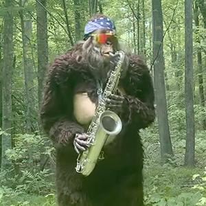На кого подписаться: Снежный человек, играющий на саксофоне — Музыка на Wonderzine