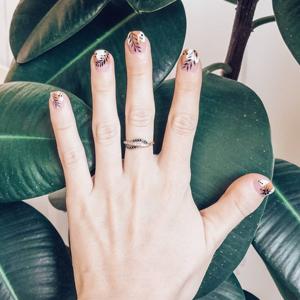 Хештег дня: #пальцепозитив — о том, что все пальцы красивые — Красота на Wonderzine