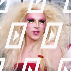 Видео дня: Макияж дрэг-квин Акварии для гей-парада — Красота на Wonderzine