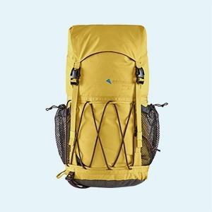 30 предметов одежды для короткого похода — Стиль на Wonderzine