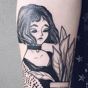 На кого подписаться: Трогательные татуировки Агаты Пивовар — Красота на Wonderzine