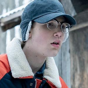 Новое имя: Аутичный актёр Коби Бёрд из «Ключей Локков» — Сериалы на Wonderzine