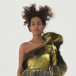 На кого подписаться: Авангардный и стильный инстаграм Соланж Ноулз — Красота на Wonderzine