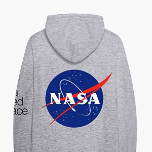 Мерч Арианы Гранде и NASA
