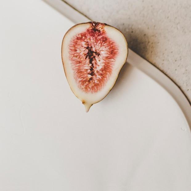 «Мне всегда нравился секс»: Женщины о слатшейминге