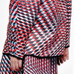Alisa Kuzembaeva: Одежда будущего из Москвы — Новая марка на Wonderzine