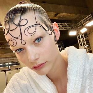 Новые формы: 5 актуальных причёсок этой весны — Красота на Wonderzine