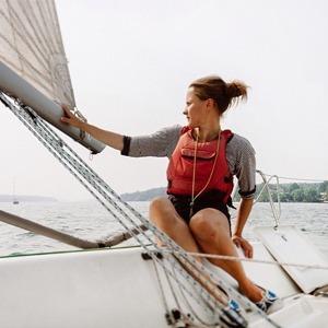 Образ жизни: Яхтинг, хайкинг и другие активные хобби для всех — Спорт на Wonderzine