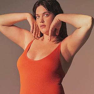 На кого подписаться: Новая модель Victoria's Secret Али Тейт Катлер — Стиль на Wonderzine