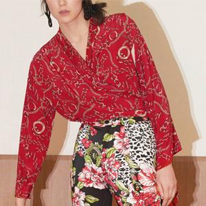 Каре: Как платочный принт попал на платья, ветровки и топы — Тенденция на Wonderzine