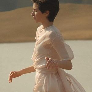 Лёгкость и нежность: Блузы, платья и костюмы MY812 из Санкт-Петербурга — Новая марка на Wonderzine