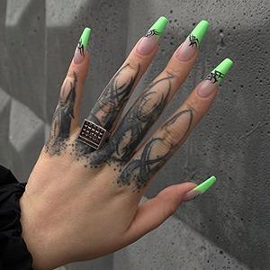 Наращённые и накладные: Что нужно знать об искусственных ногтях — Красота на Wonderzine