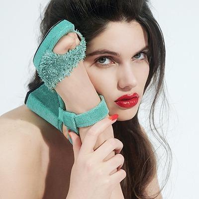 Amélie Pichard:  Сказочные туфли  и королевские сумки — Новая марка на Wonderzine
