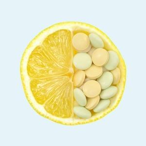 «Попей, лишним не будет»: Развенчиваем 10 мифов о витаминах — Здоровье на Wonderzine