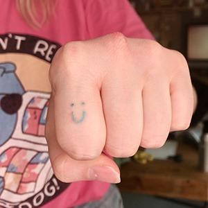 Моя татуировка: Художница и блогерка Саша koariko о напоминании о депрессии — Красота на Wonderzine
