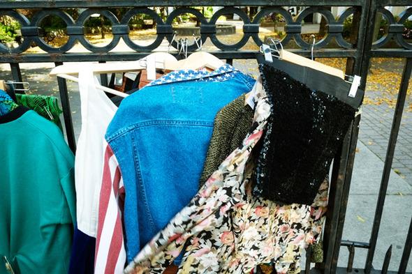 Роуз Бродбент, художница и владелец винтажного бутика из Торонто — Гардероб на Wonderzine